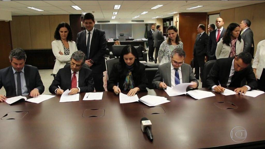 Assinatura do Acordo dos Planos Econômicos, em 2018.