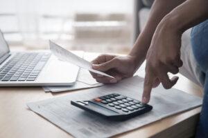 Como reduzir despesas?