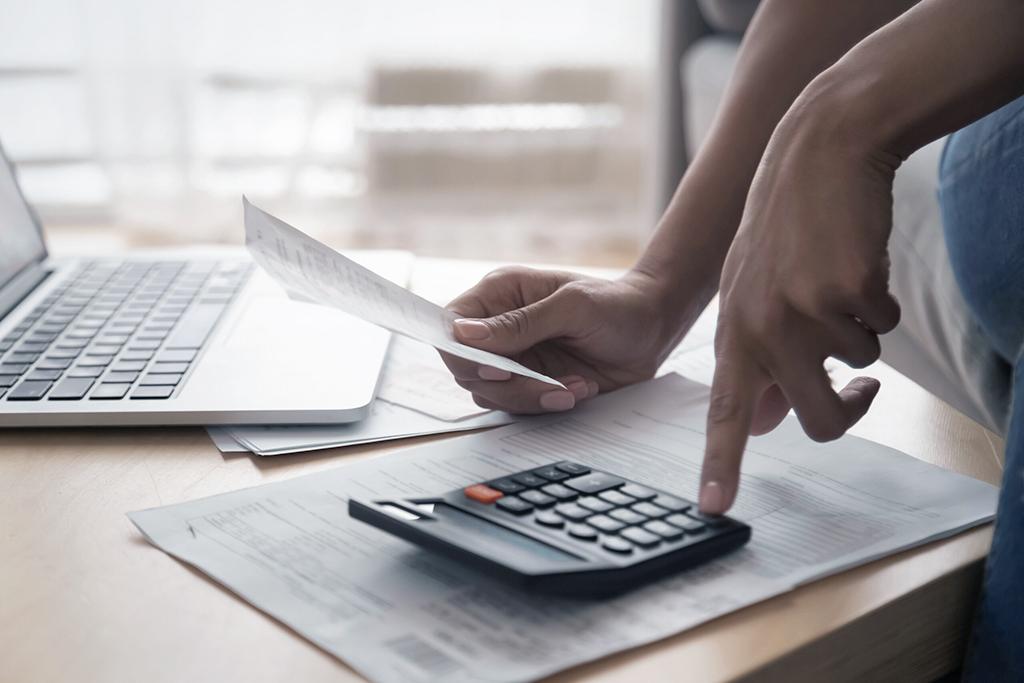 Finanças pessoais: como reduzir despesas.